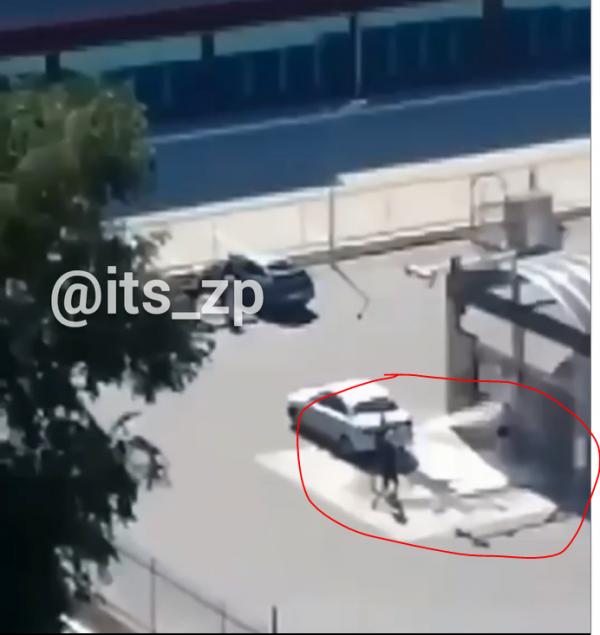 В Запорожской области девушка искупалась на мойке для автомобилей (ФОТО)