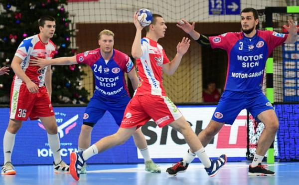 В рамках товарищеской встречи запорожская гандбольная команда провела подготовку к новому сезону  (ФОТО)