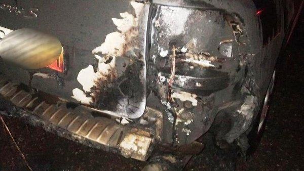В Запорожье третью ночь подряд неизвестные поджигают дорогие иномарки (ФОТО)