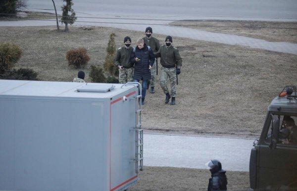 В Беларуси продолжают задерживать протестантов